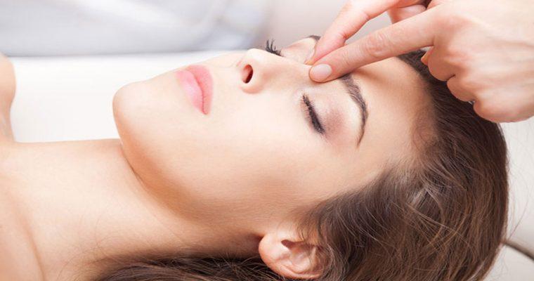 ۸ مورد از دلایل عجیب سردرد را بشناسید