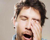 اثرات کم خوابی بر بدن چیست؟